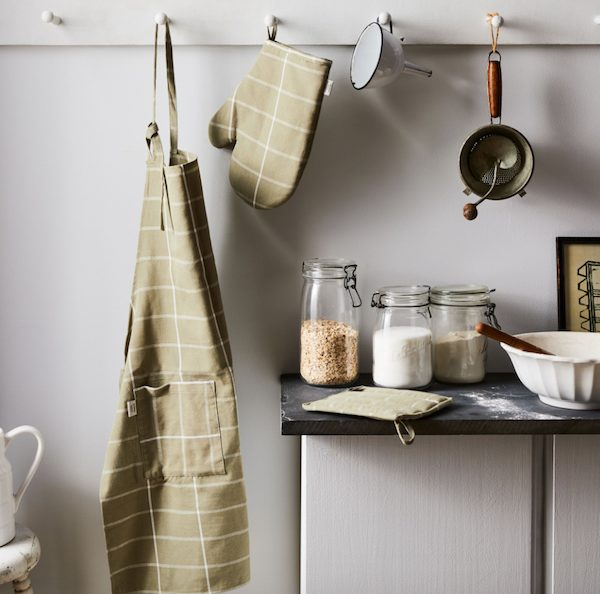 Modern Cotton Apron Housewarming Realtor Closing Gift for Her