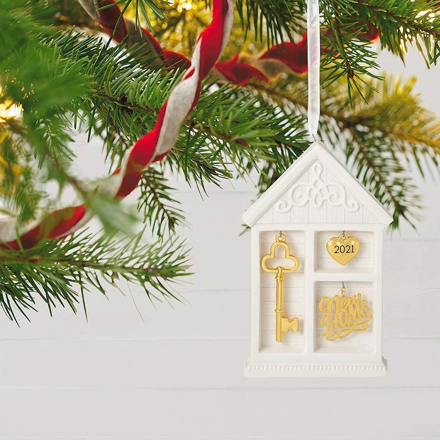 Hallmark Keepsake Christmas Ornament 2021 New Home Shadow Box