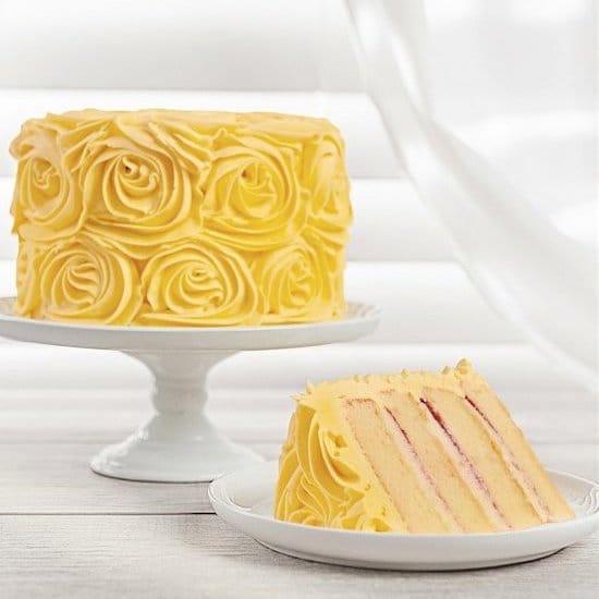 Yellow Roses Lemon Cake